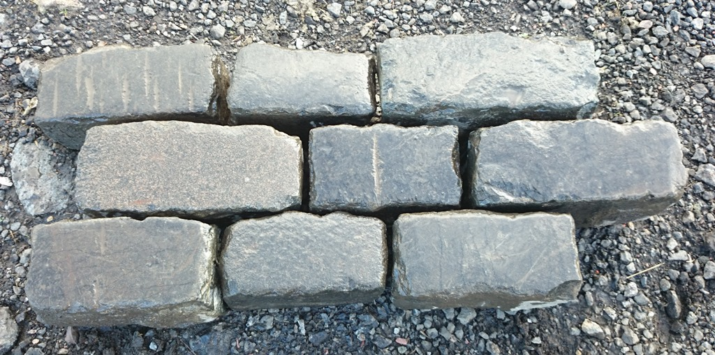 Typical Reclaimed Whin Setts 2