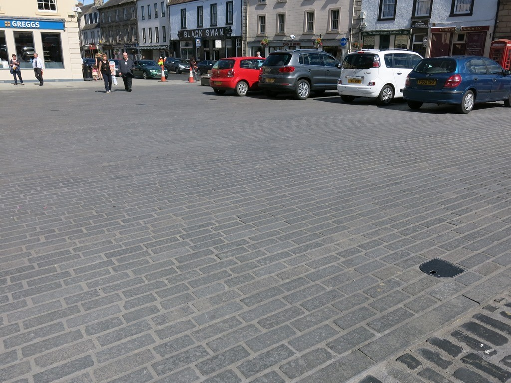 Scottish Whin Setts - Kelso Town Square - Web